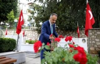 Başkan Aktaş'ın kaleminden 'ölümsüz kahramanlar'