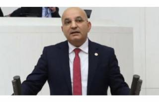 CHP'li milletvekili kazada yaralandı