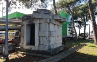 Bursa'da 2 bin 400 yıllık mezar odası, fabrikada...