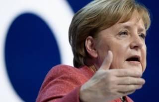 """Angela Merkel: """"Suriye'de yapılan hatalar..."""