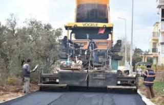 Umurbey'de beş sokağa asfalt