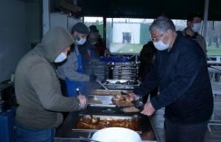 Bursa'da evsizler için koruma kalkanı