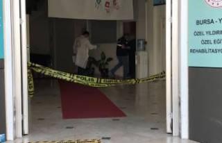 Bursa'da rehabilitasyon merkezinde dehşet saçtı