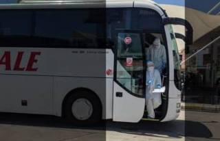 Otobüste koronavirüs paniği! Soluğu hastanede...