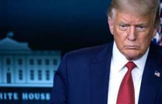 ABD Senatosu 'Trump'ın azil istemiyle yargılanmasını'...