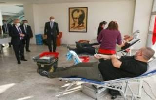 Bursa Nilüfer Belediyesi çalışanlarından kan...