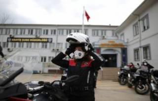 Bursa'da 500 kadın polis her alanda güvenliği...