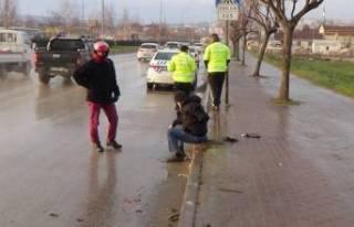 Bursa'da vicdansız sürücü olay yerinden kaçtı!