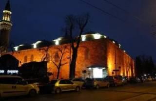 Bursa'daki tarihi camilerde bayram havası