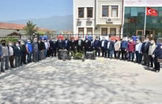 Bursa Büyükşehir'den Çiftçiye fidan desteği