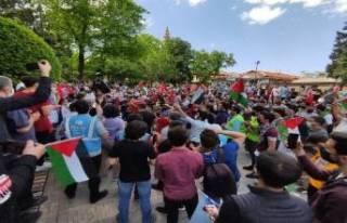 Bursa'da Cuma namazı çıkışı İsrail protesto...