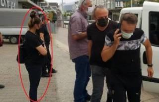 Bursa'da eski eşi önünü kesip zorla araca...