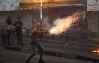 İsrail'den Filistinlilere ses ve gaz bombalı müdahale!