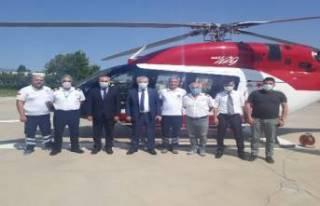 Bursa'da ambulans helikopter acil hastalara hızır...