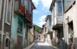 Akşehir Sokaklarında Sağlıklaştırma Çalişmalari...