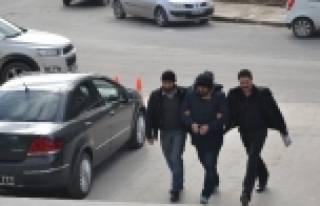 'ARABA' KAVGASININ ARKASINDAN ÇEK-SENET ÇETESİ...