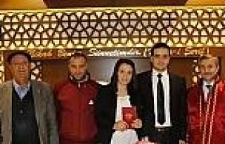 Başkan Tahmazoğlu'ndan Yeni Çiftlere Nikah Sürprizi