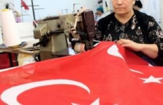 Bursa'da Türk bayrağı satışları patladı