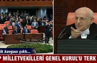 CHP Milletvekilleri Genel Kurul'u terk etti