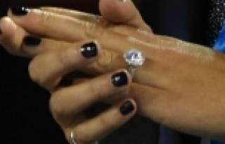 Eşinizin sadakati parmaklarında gizli!