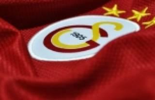 Galatasaray'dan Başakşehir'e gitti!
