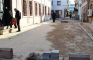 Hizmet Görmeyen Sokaklara Hizmet Götürüyorlar