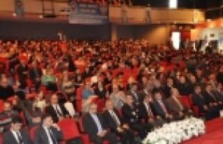 İzmir Polisi 30 Bin Gençle Yüz Yüze Görüştü