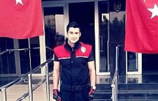 Motosikletiyle kaza yapan genç polis öldü
