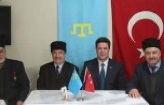 Selim Yedikardeş, Kırım Türkleri ile buluştu