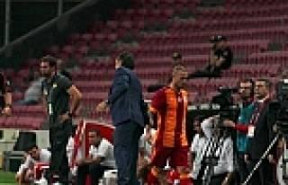 Sneijder Prandelli'ye tepki gösterdi