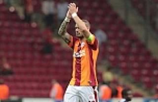 Sneijder taraftardan ricada bulundu