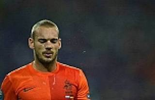 Sneijder'den büyük gaf! Alay ettiler