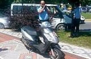 Vatandaşın Dikkati Sayesinde Çalinan Motosikletine...