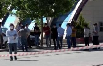 Bir çalışan koronavirüsten öldü, market karantinada