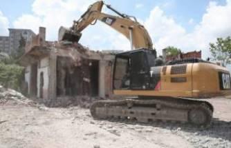 Bursa Nilüfer'de riskli yapılar yıkılıyor