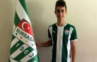 Bursaspor ile yolları ayrılan Yiğit Şengil'e Beşiktaş'tan davet!