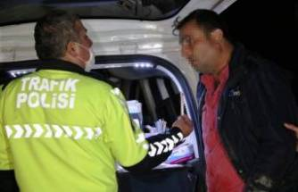 Bütün cezaları yiyen alkollü sürücü polise direndi: Benim arabam var onunla gideceğim