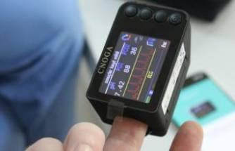 Corona hastaları parmak uçlarına takılan cihaz ile evden takip edilecek