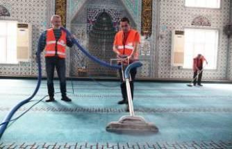 Nilüfer'de camiler ibadete hazır