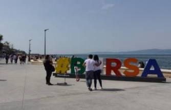 Bursa'da kısıtlama sonrası sahil şeritlerinde yoğunluk