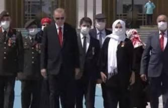 15 Temmuz şehitleri anılıyor! Cumhurbaşkanı Erdoğan'dan Şehitler Anıtı'na ziyaret