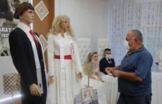 Bu da oldu! Düğüne gidenler gördüklerine şaşırdı!