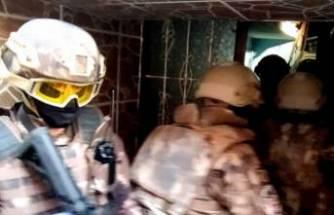 """Bursa'da FETÖ'nün """"gaybubet evleri""""ne operasyon! 14 kişiye gözaltı"""