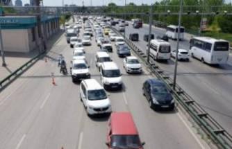 Bursa'da yağ akıtan kamyon ortalığı birbirine kattı!