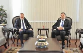 Bursa Milletvekili Çavuşoğlu'ndan eğitim müjdesi