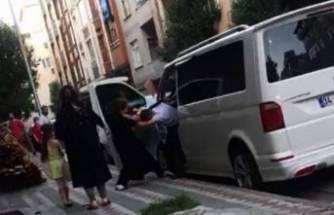 Kocasını minibüste başka bir kadınla yakalayınca çılgına döndü