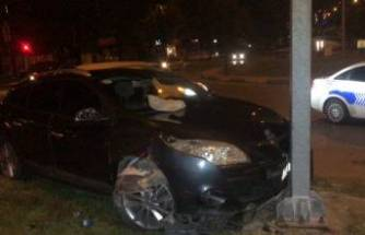 Bursa'da otomobil ile motosiklet çarpıştı! 5 kişi yaralandı