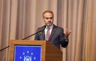 Bursa'da sahadaki personele maske-mesafe uyarısı