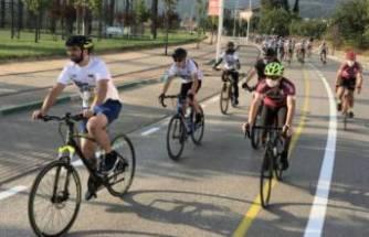 Bursa'da trafiğe bisiklet yarışı ayarı