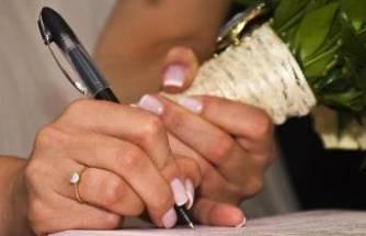 Düğünde tedbirlere uyulmadı, 7 kişi hayatını kaybetti